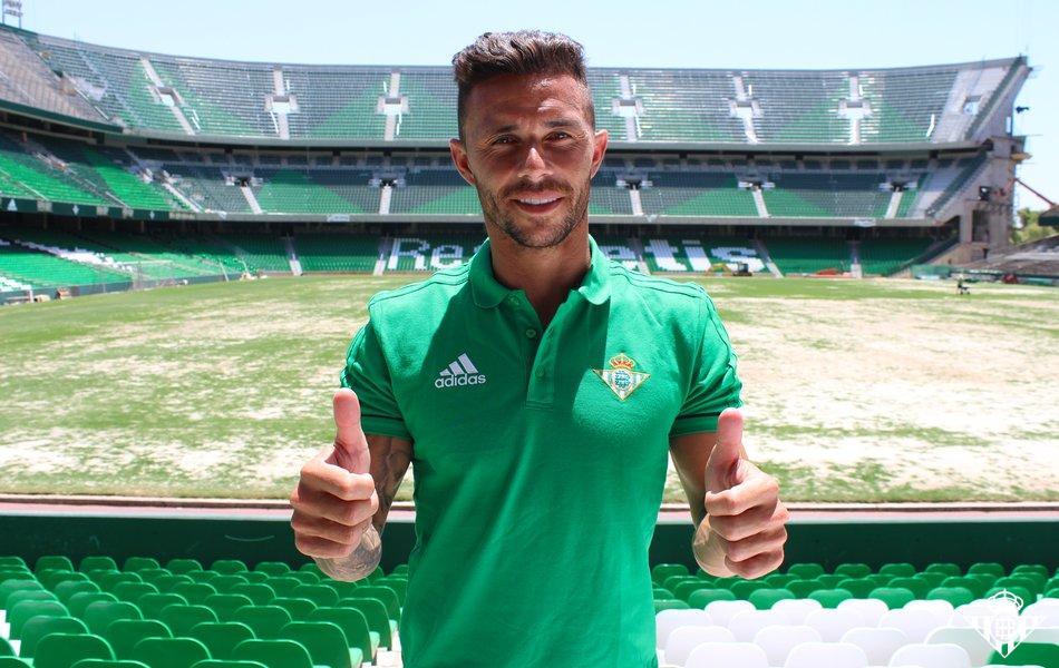 Rubén Castro se despide del Betis al menos hasta enero.